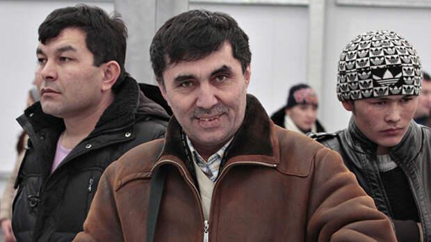 Без тормозов: Таксисты-мигранты избили русского инвалида