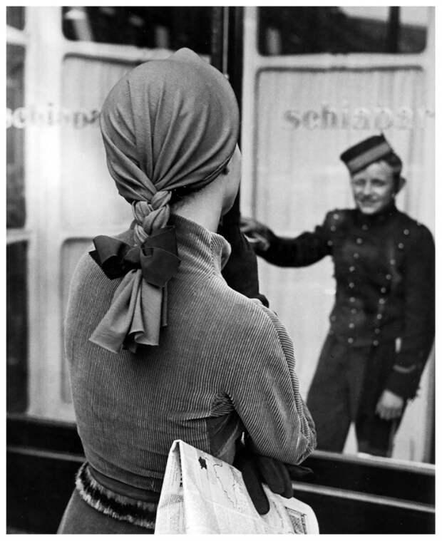 Интересный способ носить платок