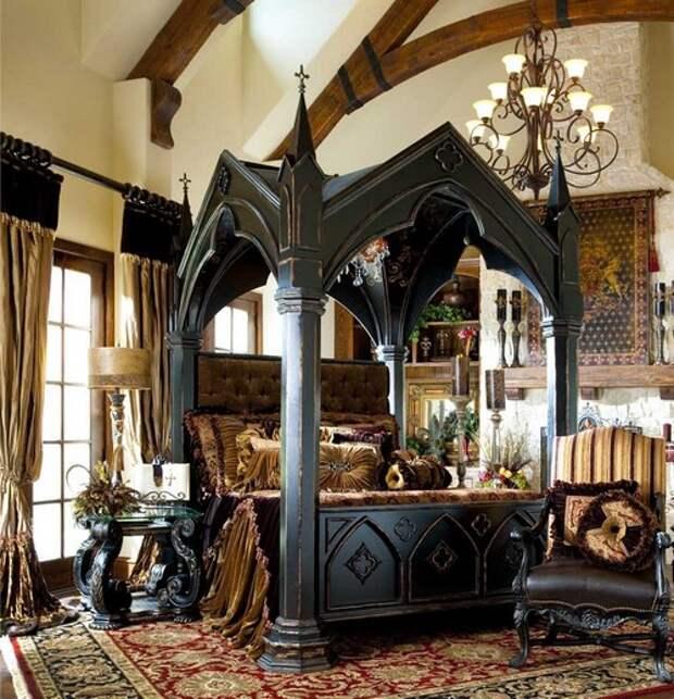 Роскошная спальня в готическом стиле фото