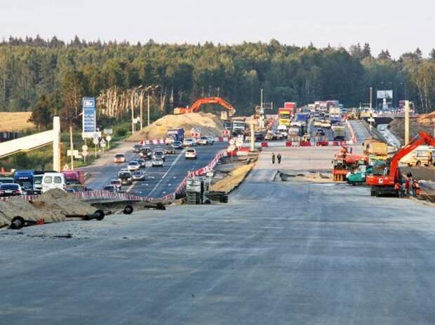 Регионам выделили 70 млрд рублей на развитие дорог в 2015 году