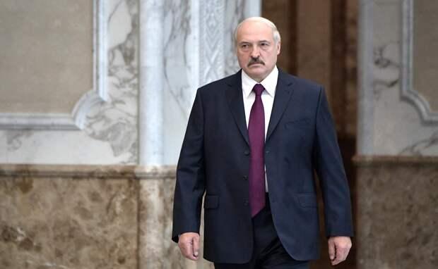 Поддерживают Лукашенко: как россияне относятся к событиям в Белоруссии