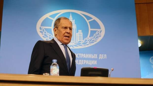 Лавров заявил о зеркальном ответе Москвы на высылку дипломатов из США