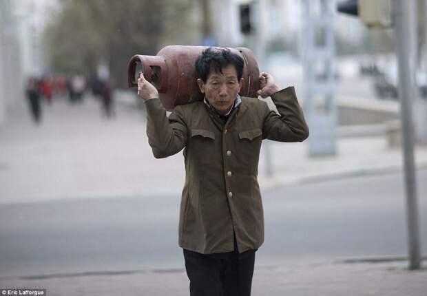 Запрещенные фотографии— Северная Корея, снятая скрытой камерой