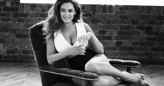 Оцените горячие фото модели и актрисы Келли Брук