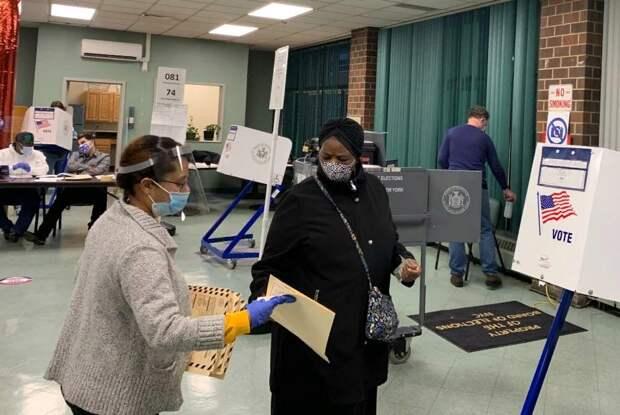 Полным ходом идёт голосование в США