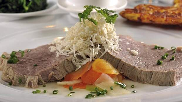 Тафельшпиц — отварная говядина по-австрийски