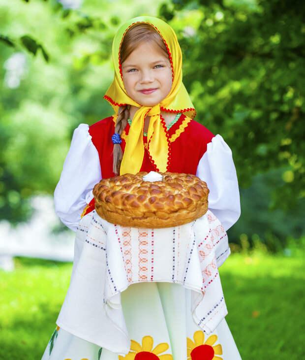Наше вам с кисточкой: что везти из России друзьям за границей