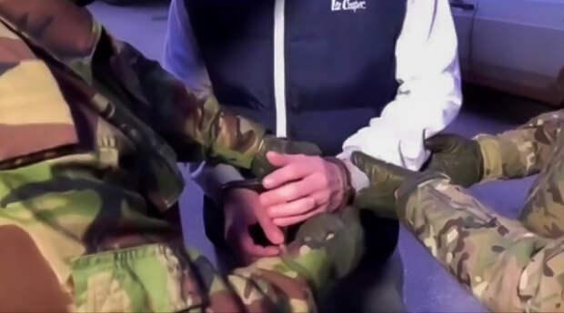 Депутат Евпаторийского горсовета и его помощница предстанут перед судом за вымогательство