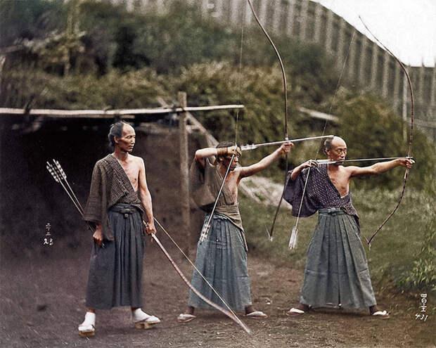 Японские лучники на стрельбище, ок. 1860 года.