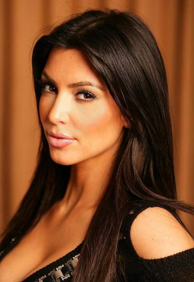http://2celeb.ru/files/images/kimberly-kardashian-(kim-kardashyan-)-2.jpg