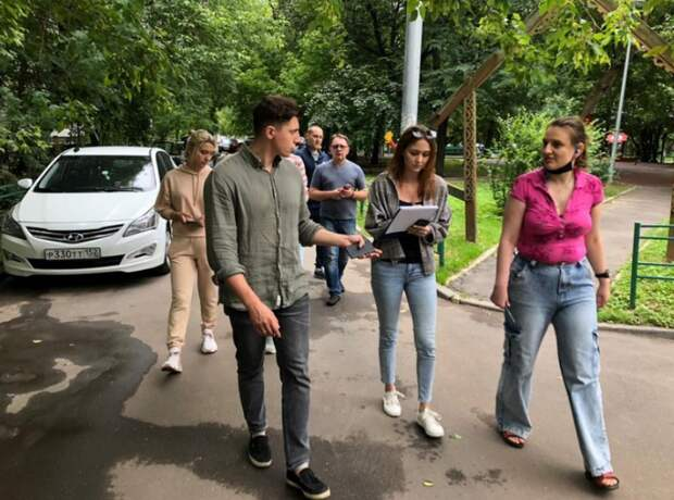 Глава управы провел субботний обход в Хорошевском