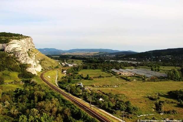В Севастополе открывается хороший вид, но вниз лучше не смотреть (фото)