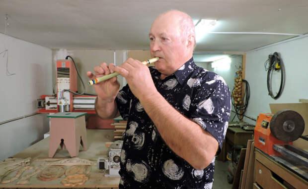 Где-то жалейка плачет: на инструментах мастера из Тальменки играют в Италии