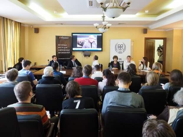 Жан-Луи Шлессер в видеообращении: «Памятным событием для меня, связанным с этим красивым городом (Астраханью), была победа в 2013 году на ралли «Шелковый путь». Это была одна из самых трудных побед в моей карьере».
