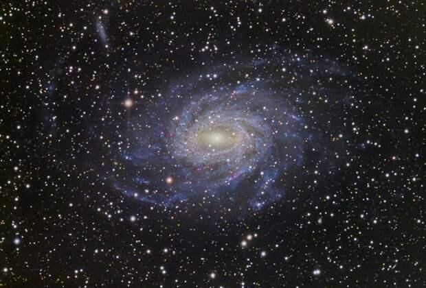 9 самых причудливых галактик во Вселенной