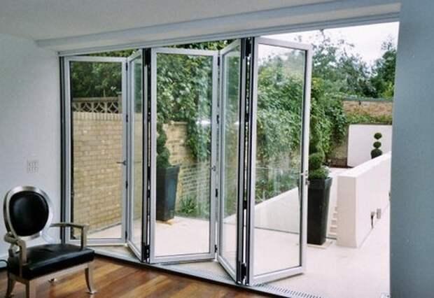 стеклянная дверь гармошка на террасу