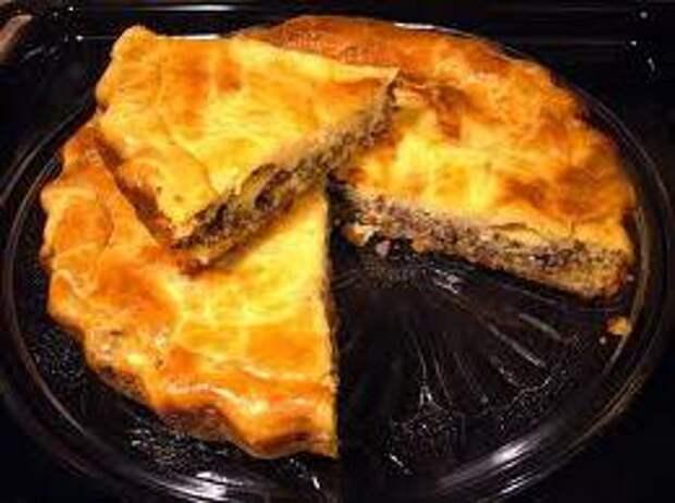Вкусный и очень быстрый мясной пирог