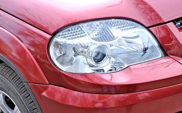 Chevrolet Niva: замена ламп в блок-фаре