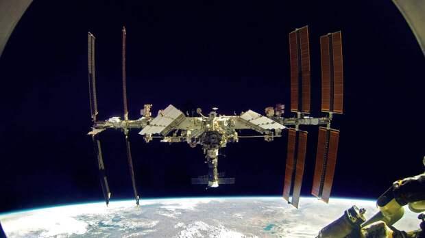 Экипаж МКС восстановил ориентацию станции с помощью двигателей российского сегмента