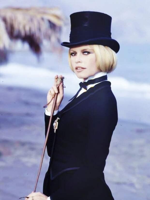 Брижит Бардо на съемках вестерна 1968 года «Шалако».