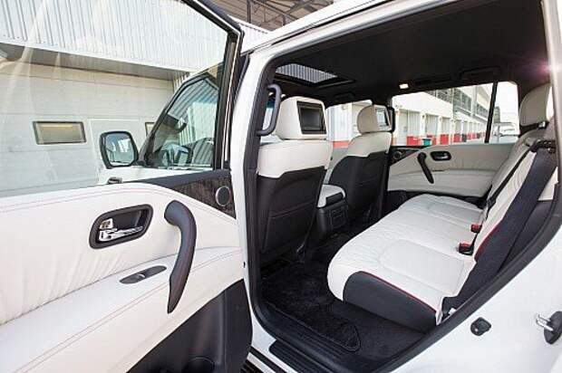 «Разогретый» Nissan Patrol Nismo отправился к арабам с поклоном