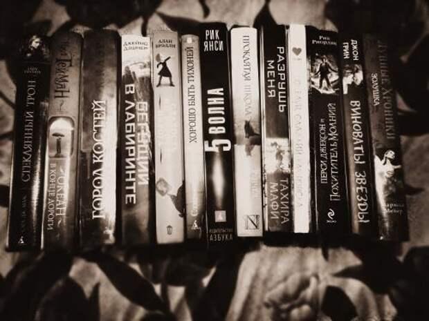 """Книги жанра """"хоррор"""", которые не дадут заснуть до самого утра."""