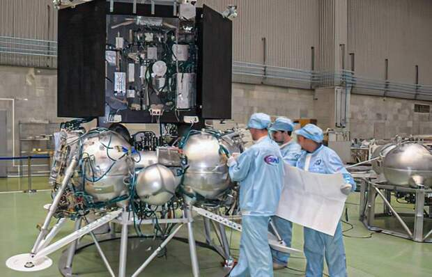 В «Роскосмосе» рассказали о деталях предстоящей миссии «Луна-25»