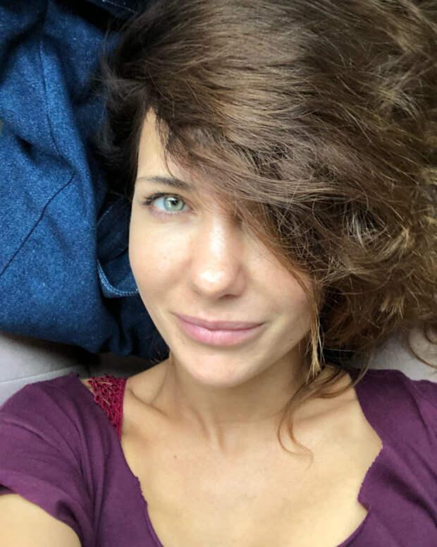 Удивительно нежная и прекрасная Екатерина Климова показала себя без макияжа