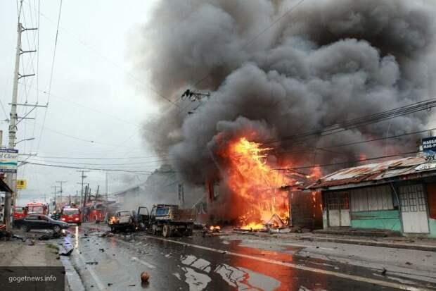 В Киеве возле станции метро «Минская» произошел взрыв