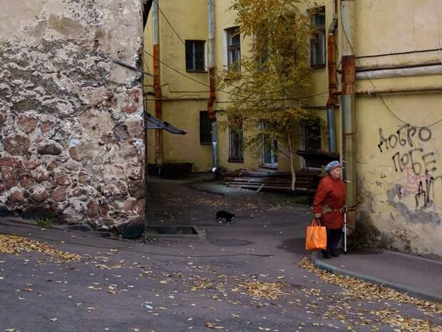 7 фото самого старого жилого дома в России