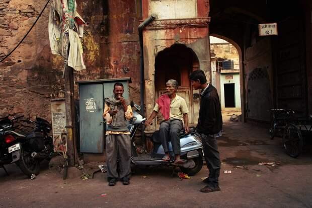 Jaipur09 Оттенки серого. Оттенки розового
