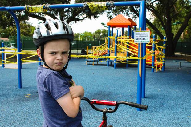 НЕ ХОЧУ ИДТИ ДОМОЙ. Как убедить ребенка уйти с детской площадки?
