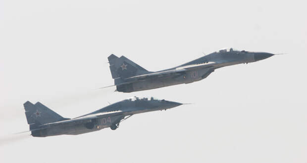 Перевозку истребителя МиГ-29 в самолёте показали на видео
