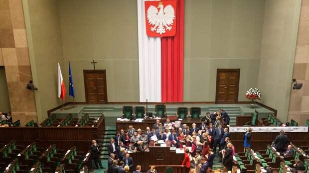 Польша не смогла прибрать к рукам всю Украину – теперь попытается в Белоруссии
