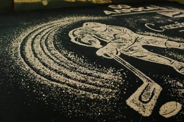 В честь российских хоккеистов создали композицию из драгоценных камней (ФОТО)