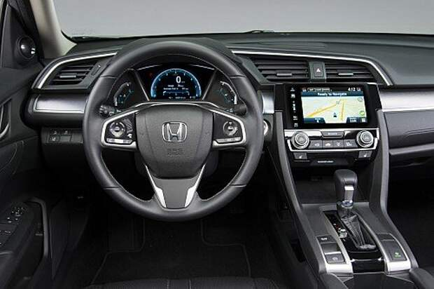 Новый Honda Civic дотянулся до «трешки» BMW (ФОТО)