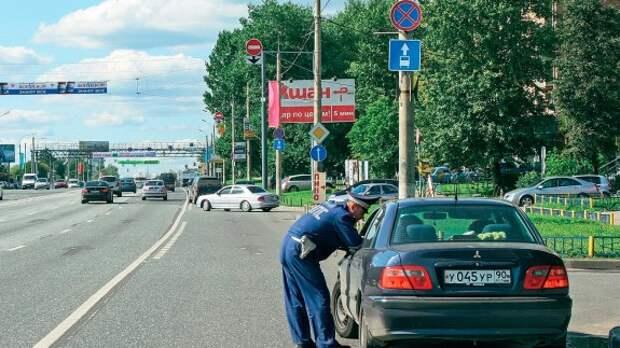 ГИБДД будет искать биты у водителей постоянно