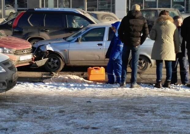 Женщину-пешехода насмерть сбили на переходе в Ижевске
