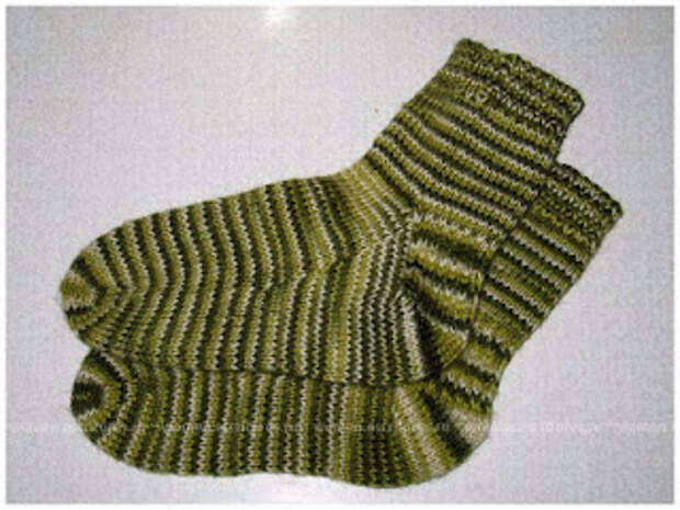 Тёплый кардиган и носки спицами (2 носка сразу)