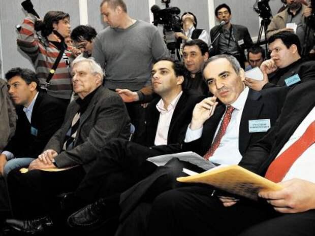 Басилашвили возмущён: Мы уже окосели от ежедневного вранья!