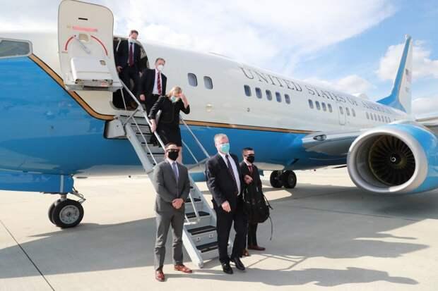 В Украину прилетел заместитель государственного секретаря США: фото