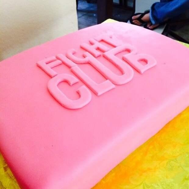 25 крутейших тортов, созданных по мотивам известных фильмов