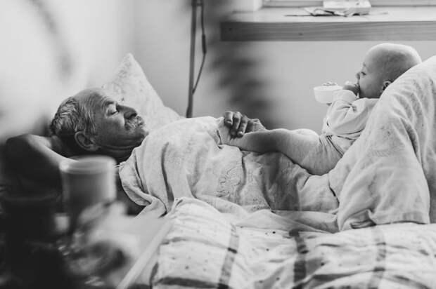 Самый лучший дедушка в серии трогательных фотографий от молодой мамы дедушка, дети, трогательное, фотография