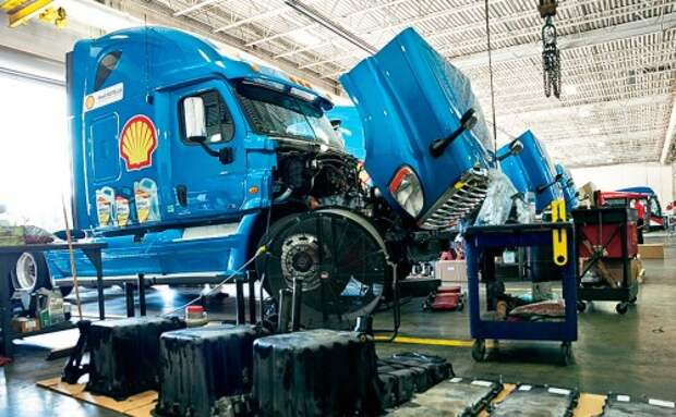 Масло для грузовиков: боец невидимого фронта