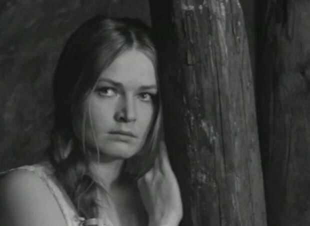 Людмила Чурсина в фильме «Виринея».