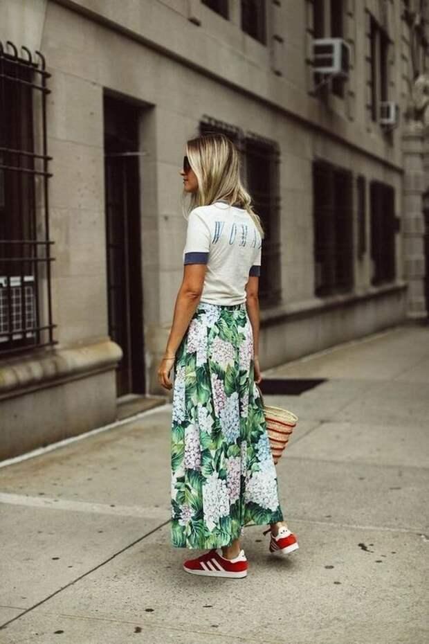 С чем будем носить юбки макси этим летом?