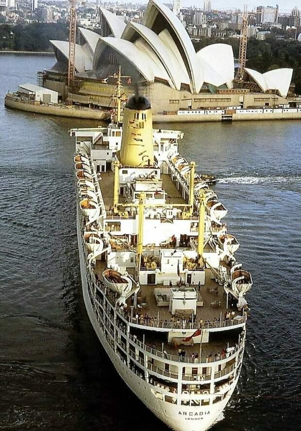 За 150 лет вокруг света: история морских круизов в уникальных фотографиях По волнам, история, круизы, морские путешествия, плавание во времени, по морям, путешествия, фотографии
