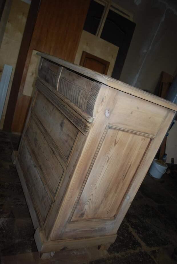 Реставрация старинного комода