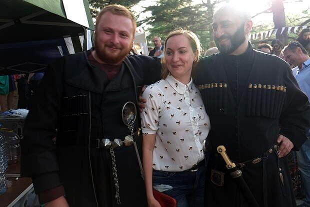 Репортаж PICS.ru: фестиваль нового вина в Тбилиси