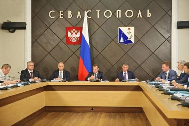 Детали встречи губернатора Севастополя с премьер-министром России